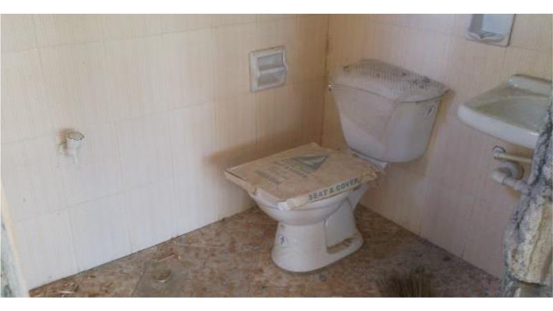 KabangbangElem_06restroom.jpg