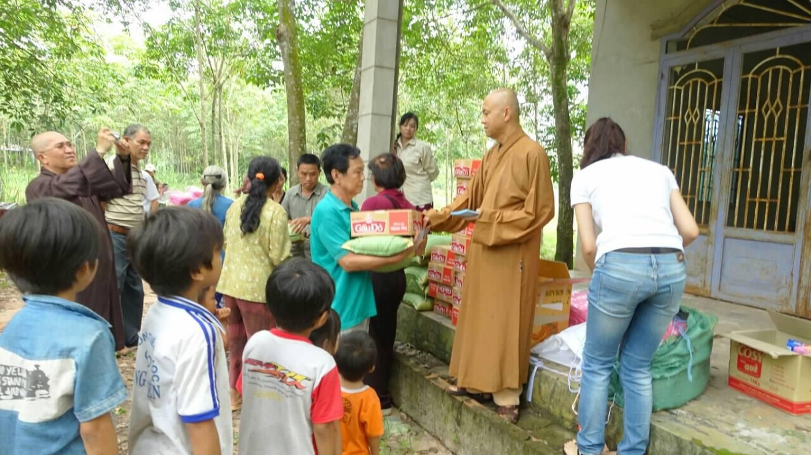 14 Viet kieu Campuchia (01)