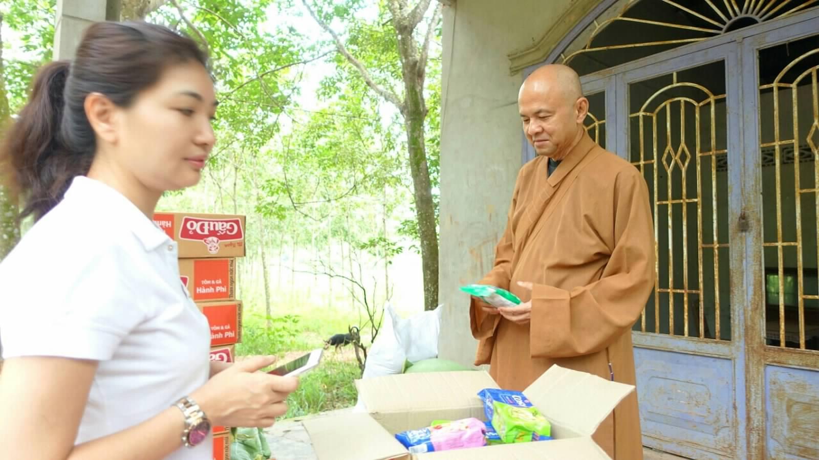 24 Viet kieu Campuchia (13)