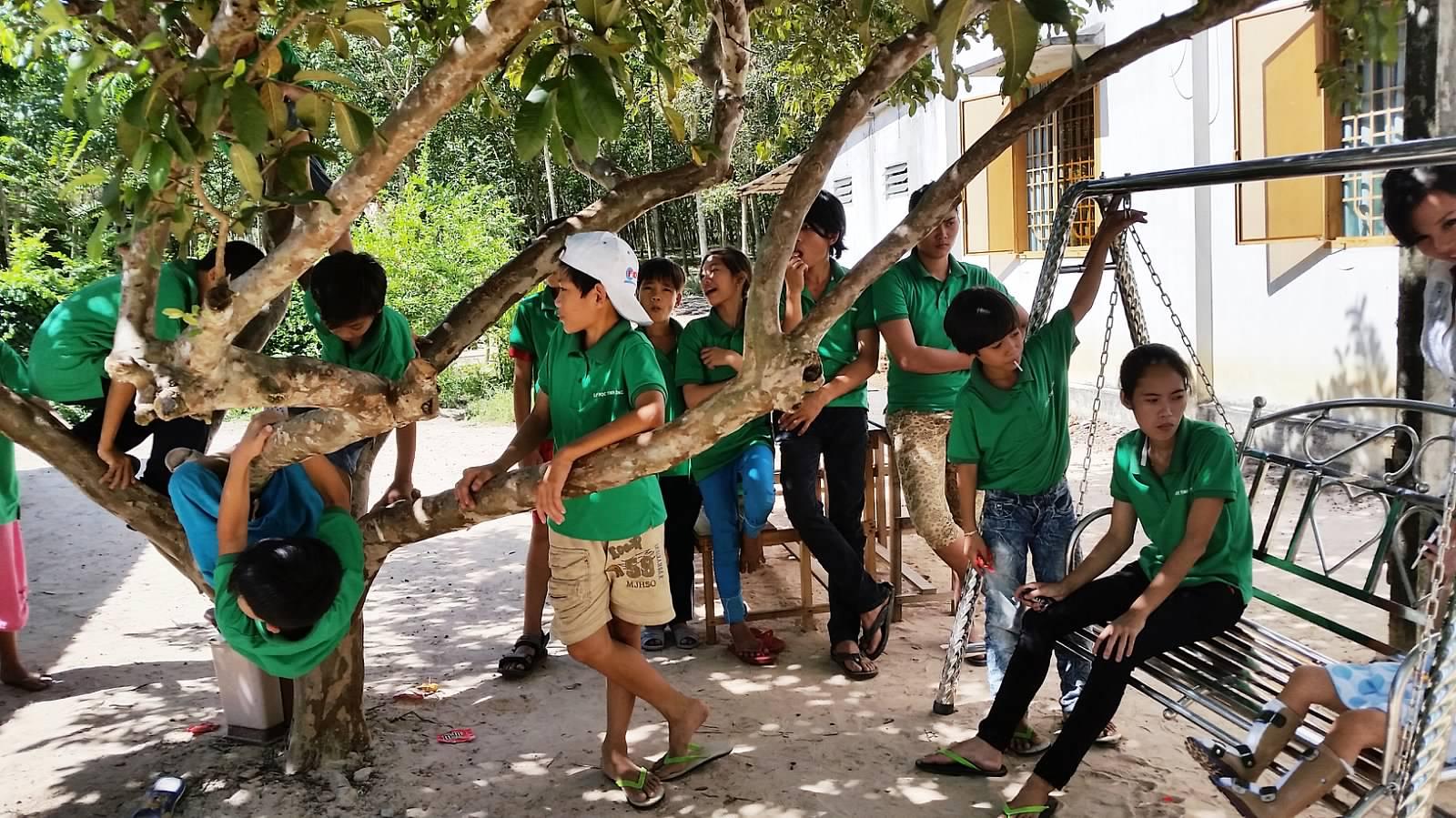 51 Lop Tu Bi tai Binh Duong (02)