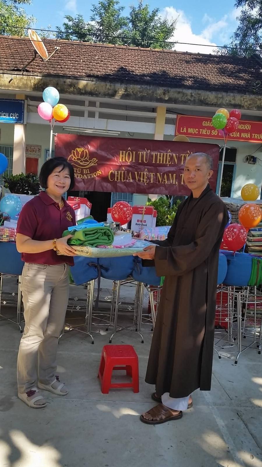 TQ Tieu Hoc Khanh Thuong 39
