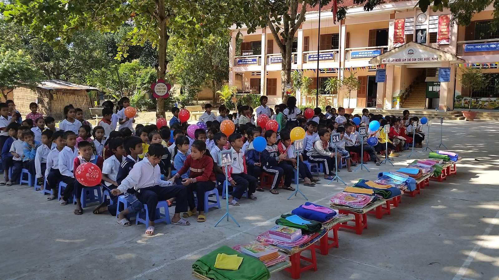 TQ Tieu Hoc Khanh Thuong 61