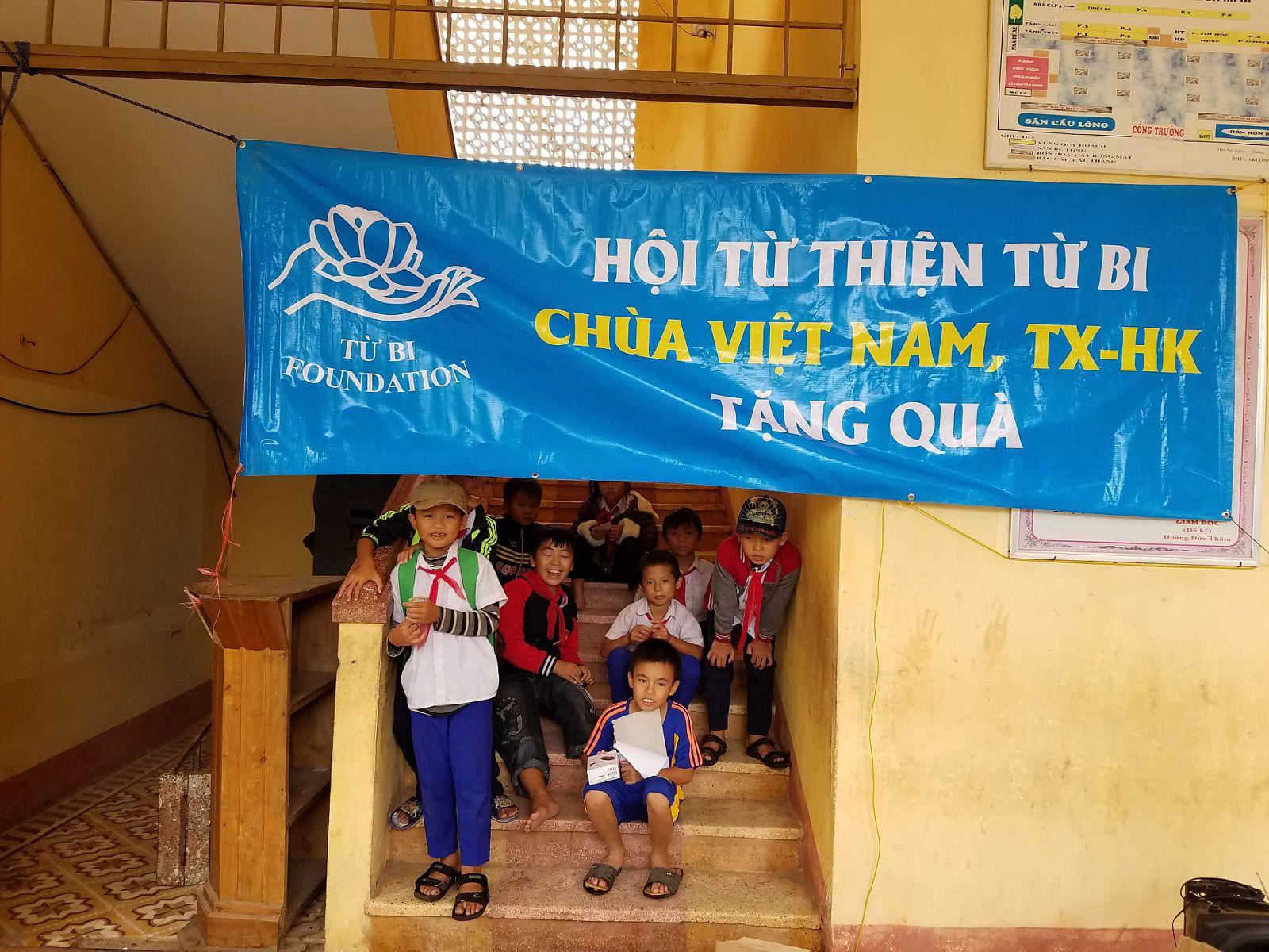 hoc bong va tang qua (63)