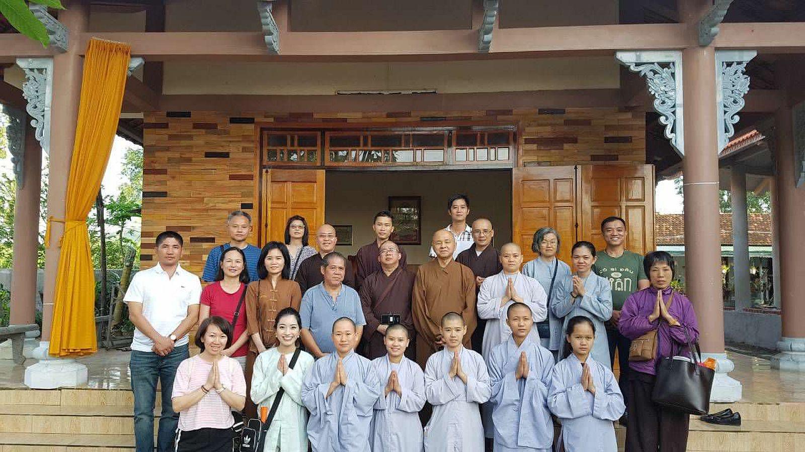 A3 Thang qua Phu Yen - Tuy Hoa (11)