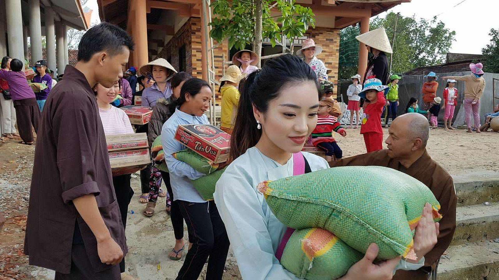 A3 Thang qua Phu Yen - Tuy Hoa (2)