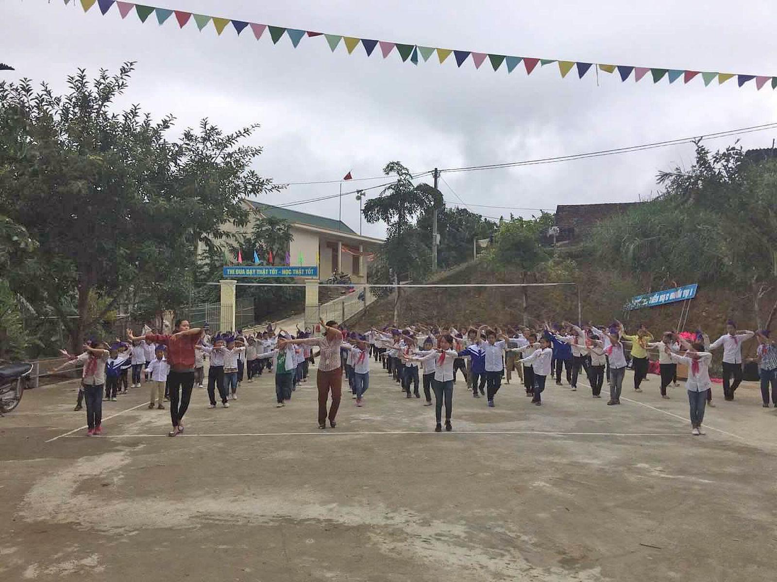 A02 truong hoc Nghe An (6)