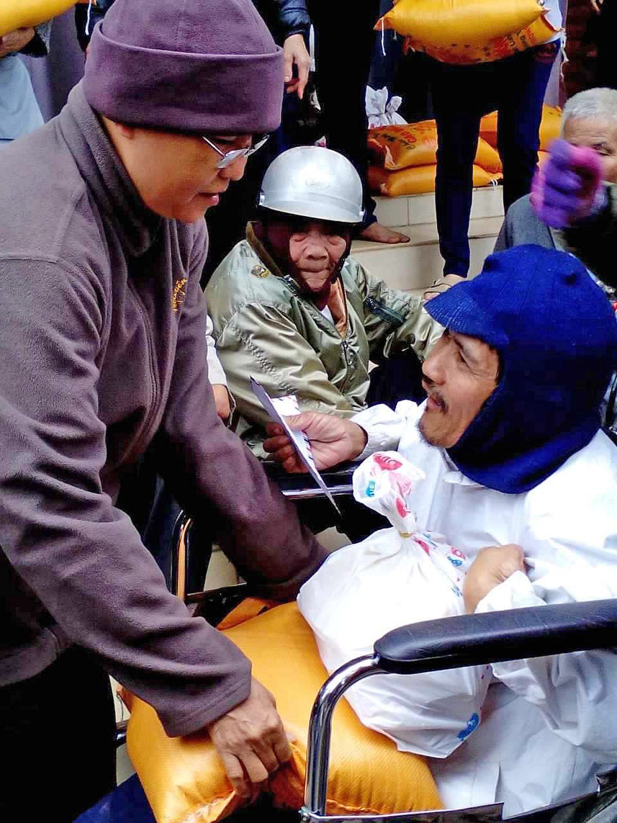 tang qua Quang Ngai (26)